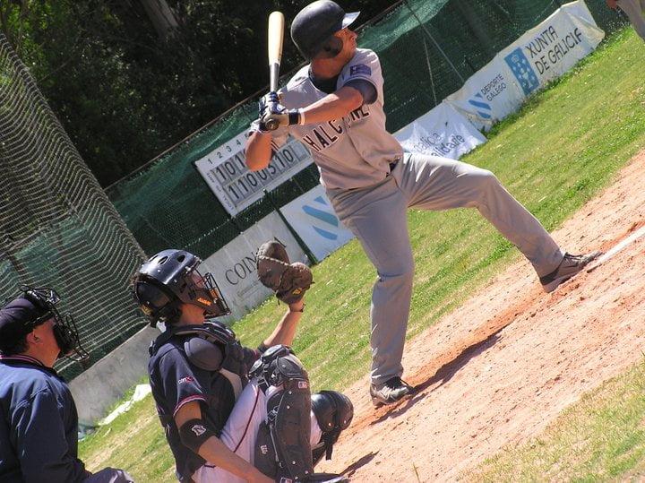 En Vigo tenemos equipos de Béisbol: Halcones de Vigo