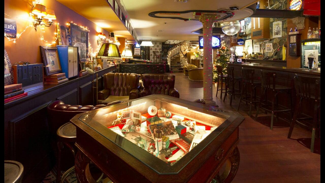 Locales tem ticos en vigo qu hacer en vigo for Decoracion bares tematicos