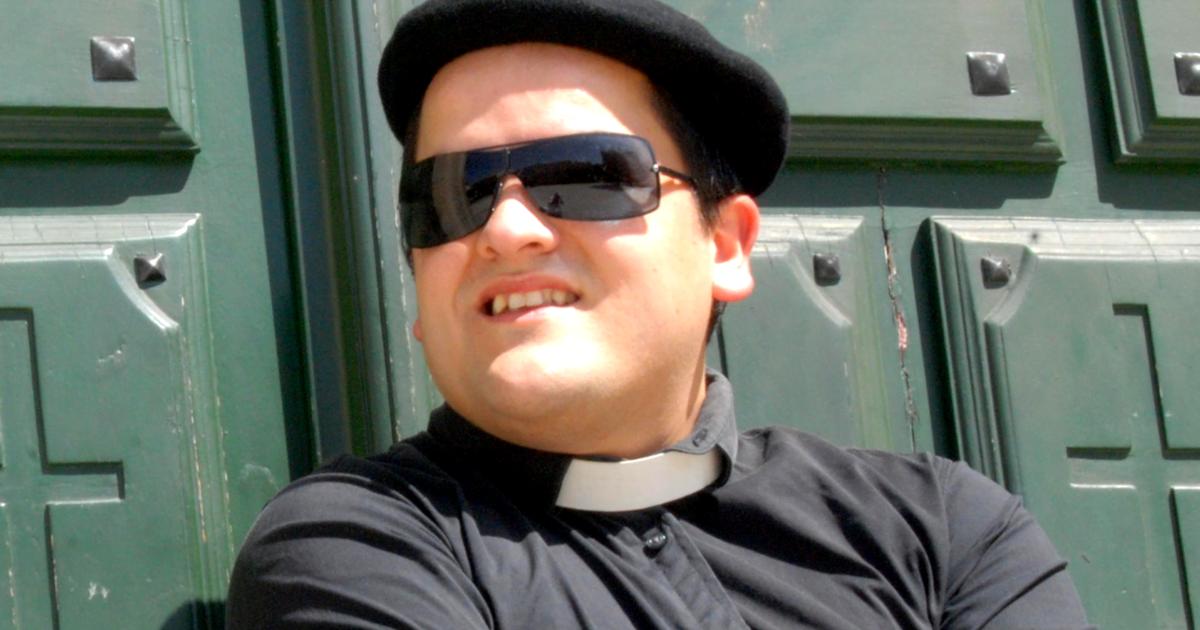 Monólogo de Padre Merino en Vigo.