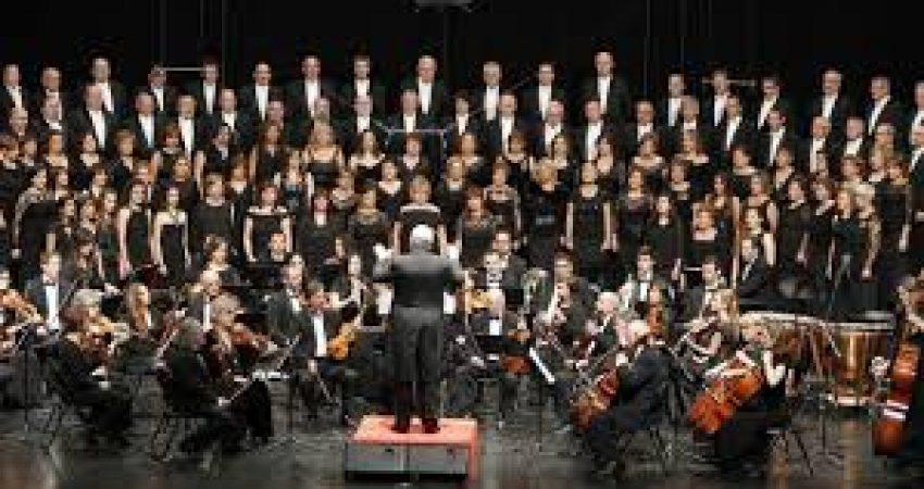 La Coral Casablanca actuará el sábado 27 de julio en el Auditorio de Castrelos por las fiestas.